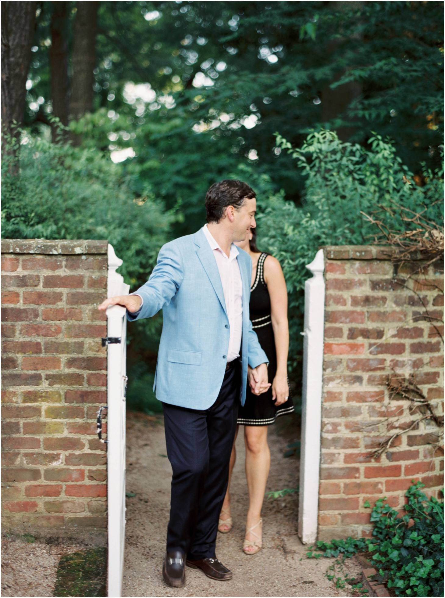 kim-stockwell-photography-fine-art-film-engagements-charlottesville-virginia-meghan-and-taylor_0846